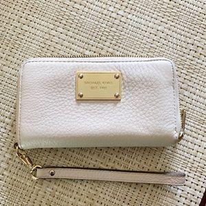 Michael Kors Zippered Wallet